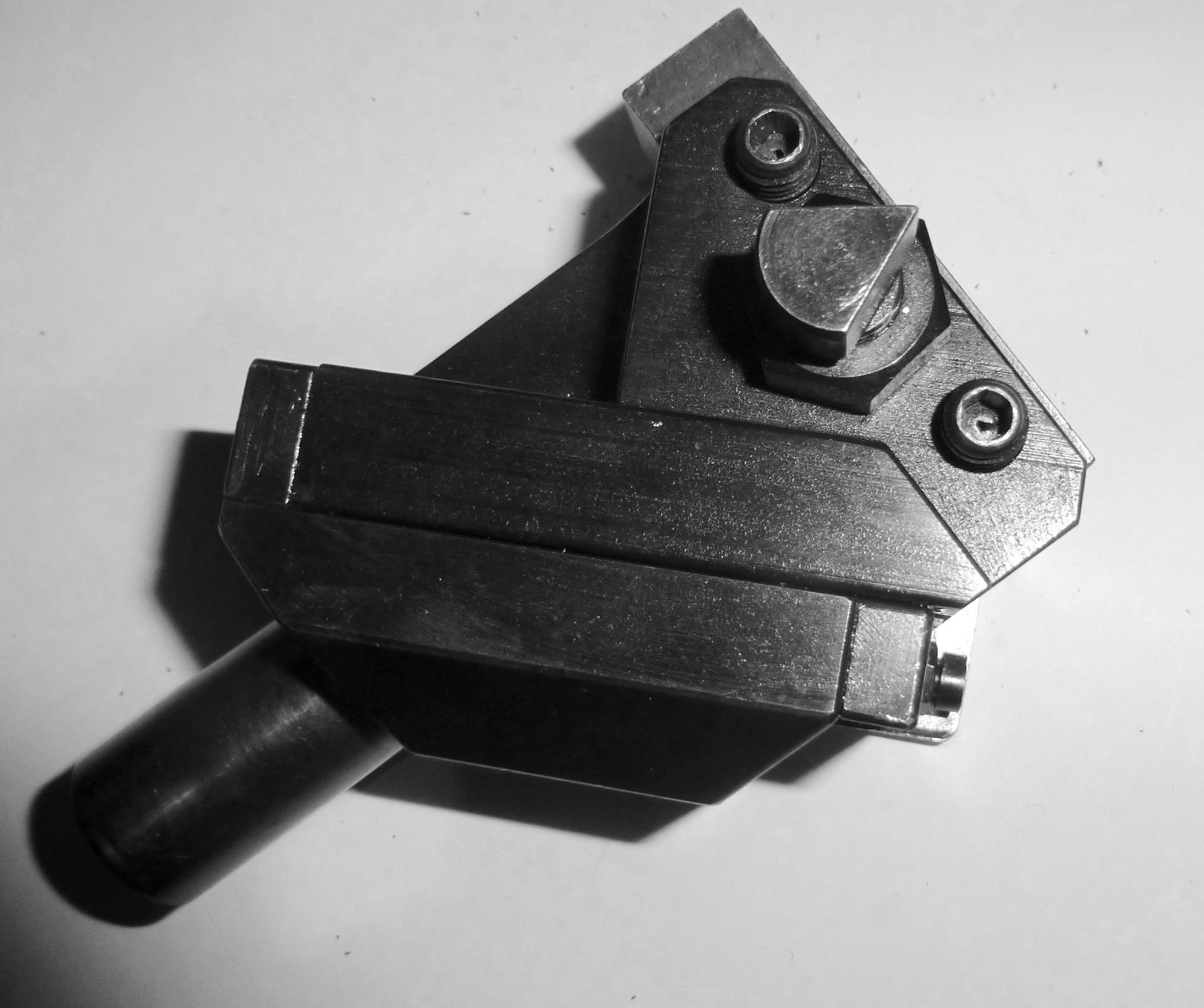 porte outils r u00e9glable  a coulisses accessoire  revolver