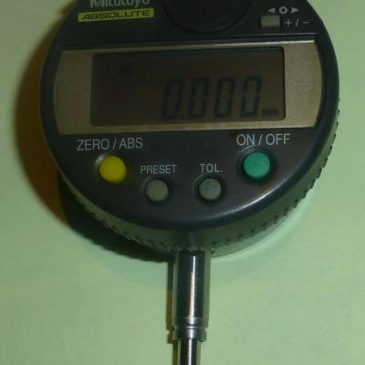 Mitutoyo Absolute Digital Metric Indicator 12,7mm, 0,001mm, dos plat