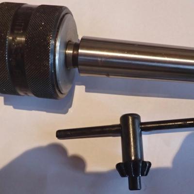 Mandrin de perçage capacité 1-16 mm RHOM cône morse 3