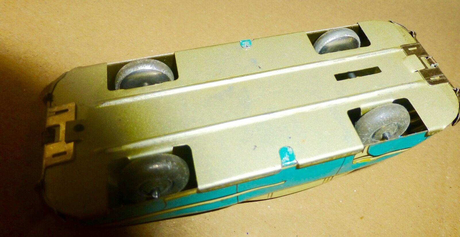 S l1600 8